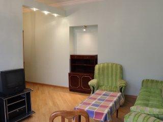 2 Bedroom Apartment on Hanrapetutyan street, Ereván