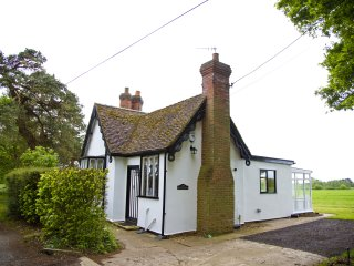 South Lodge 2 Bedroom Self-catering cottage