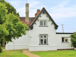 Crest Lodge 3 bedroom rural cottage hideaway, Finchingfield