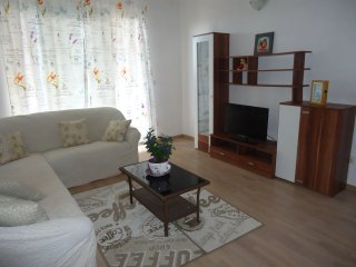 Sunny,family-friendly apartment Luka&Dona , 80+ m2