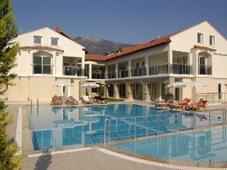 Pool and sunbathing areas