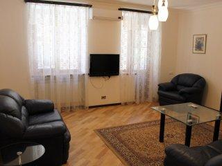 1 Bedroom Apartment on Nalbandyan street, Ereván