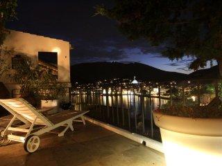 huis, 50 m van zee, met fantastisch uitzicht, Cadaques