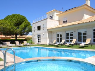 Villa Nemo - New!
