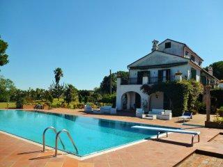 Villa Matilde, Baia Domizia