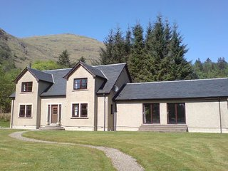 Allt an Ailein house with swimming pool Highlands Scotland