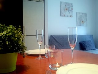 Apartamento Bonito y Cómodo cerca Estacion Tren, Girona