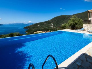 Villa Kalyvia - Bright star shining on Sivota Hills like a Dream