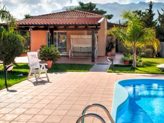 "Villa ""ROSMARINO"" with private Pool, Alcamo"