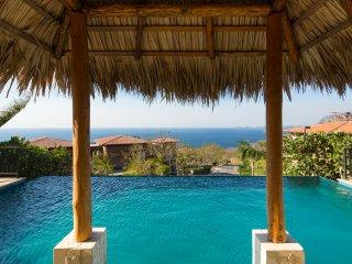 Apartamento de lujo en Azul Paraíso, Playa Ocotal
