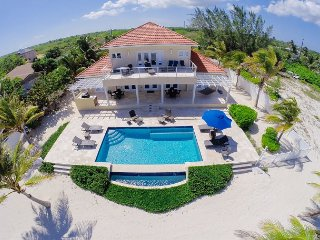 4BR 'In Harmony,' A Luxury Cayman Villas Property - 15% OFF SPECIAL!, Bodden Town