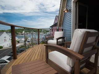 The Coal Shack: Pet-Friendly Harborfront Studio in Downtown Boothbay, Boothbay Harbor