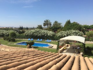 Stunning Character Villa, With Pool & Gardens