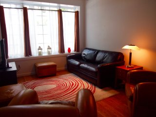 East Village 2BR/2BA with private backyard!, New York City