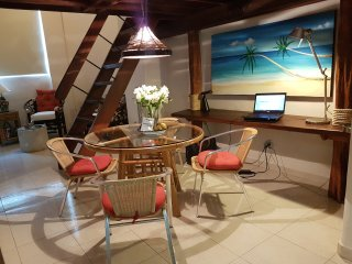 A JEWEL IN PLAYA, PERFECT LOCATION 24 HR ACCESS, Playa del Carmen