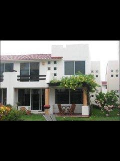 Hermosa Villa condominio entre el mayan y princess