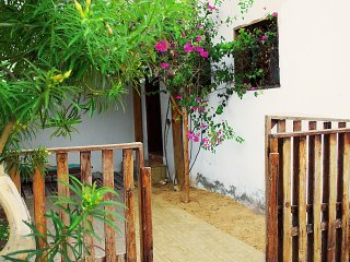 The Cozy Budget Home Stay/ Short access to Beaches, Dahab