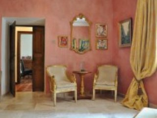 Villa Vasilisa stylishly restored 20min from beach