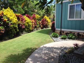 Hale Makai with a stucco wall around the front yard for that extra privacy.