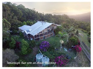 Innistaigh Mountain Retreat - Sand & Sea Rooms, Maleny