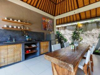 Little Paradise Villa close to Canggu