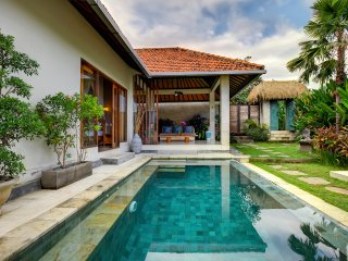 Romantic Luxury Escape in Canggu