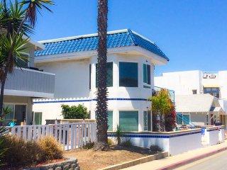 The Great Whale (Lower) ~ RA75600, Newport Beach