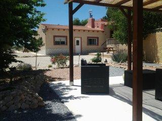 El Capricho Sax bungalow casa azul
