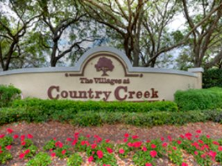 Country Creek ~ RA76240, Estero
