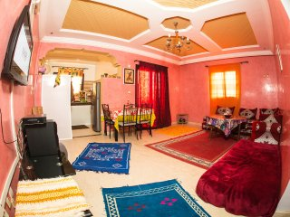 Near beach & golf, balconies & Terrace, WIFI, MR2, Tamraght
