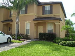 Modern Townhome in Waterpark Resort & Spa near Disney World ~ RA71408, Davenport