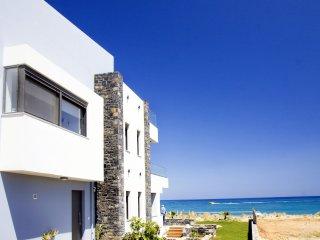 Villa al Mare, Adelianos Kampos