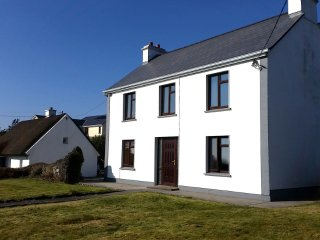 Seaview House Sleeps 10 and Banba House sleeps 15 ****GET SEASONAL QUOTE.