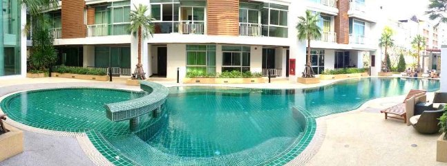 Modern apartment in Patong center pool+gym
