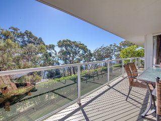 Ripple Cove, 28 Thurlow Avenue - FREE WIFI, Nelson Bay