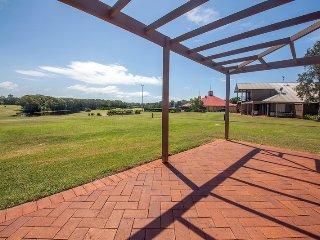 Horizons Golf Resort, Villa 107, Salamander Bay