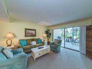 Shipmaster 306, 2 Bedrooms, Golf View, Tennis, Pool, Walk to Beach, Sleeps 6, Hilton Head
