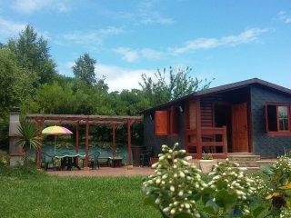 casa individual en parcela ajardinada de 2000 m2., Solares