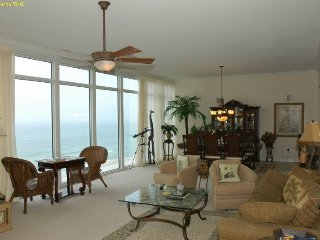 Sterling Beach Sleeps 14 8th floor 3 bed 3 bth., Panama City