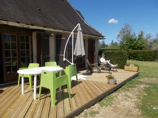Well appointed private  gite in central location, Rouffignac-Saint-Cernin-de-Reilhac