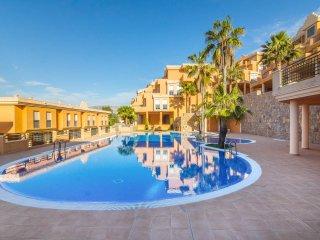 Moderno Apartamento en La Sella: Golf y Playa, Pedreguer