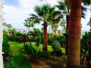 Maravilloso apt. En Puerto Banus 8P, Marbella
