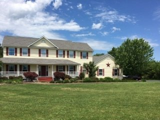 Furnished Farmhouse/Vacation house in NJ, Flemington