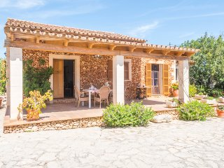 Beautiful country house in Son Servera with pool