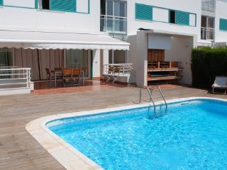 Prainha Village 4 bedroom private villa with pool and air con