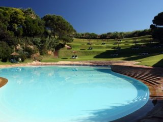 Prainha Village located on the beach 4 bedroom villa with pool and air con