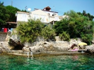 Beach House for rent Villa Petra, Molunat