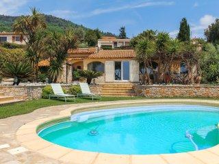 Villa dans les collines au calme+Piscine+Parking, Nice