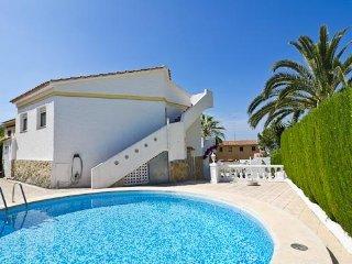 Villa with garden,mountains Ca, Calpe