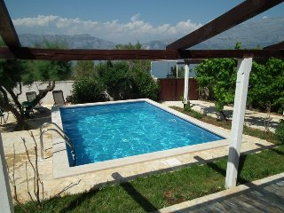 Villa Sofia, with pool, sauna, gym, bicycles, windsurfboard, kayak...